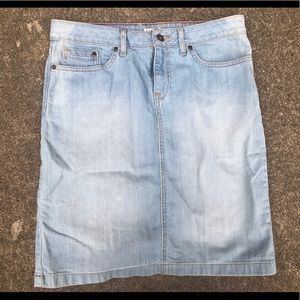 LL bean light blue jean skirt